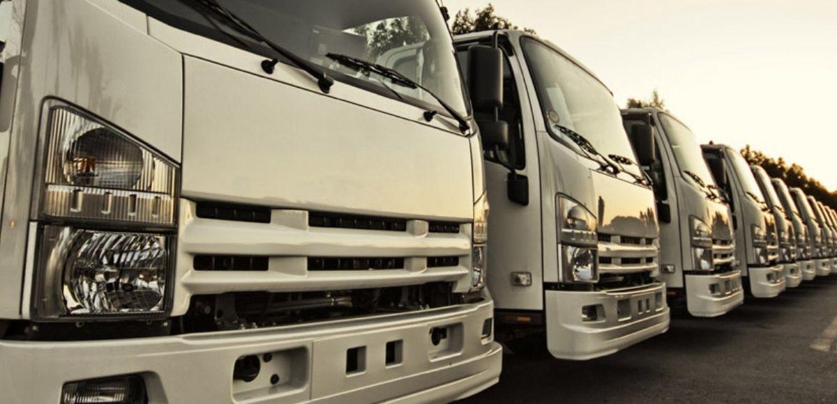 Todo lo que debes saber sobre limpieza y mantenimiento de flotillas de camiones